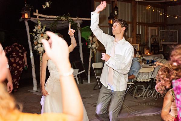 Kaelie and Tom Wedding 08J - 0116