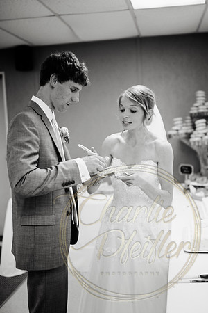 Kaelie and Tom Wedding 08C - 0051bw
