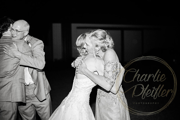 Kaelie and Tom Wedding 08C - 0407bw