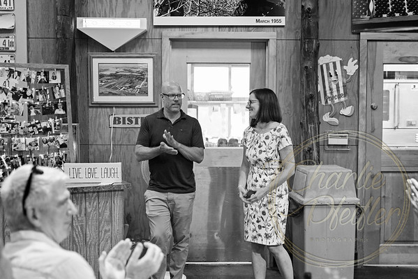 Kaelie and Tom Wedding 02J - 0013bw
