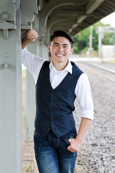 Senior-Photos-Braden_117b
