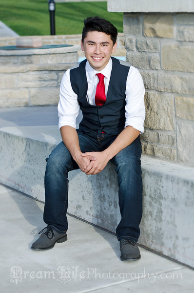 Senior-Photos-Braden_168