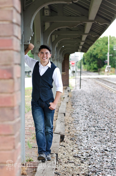Senior-Photos-Braden_119