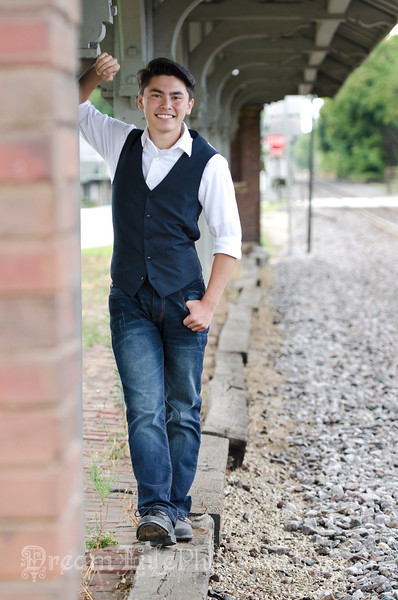 Senior-Photos-Braden_122