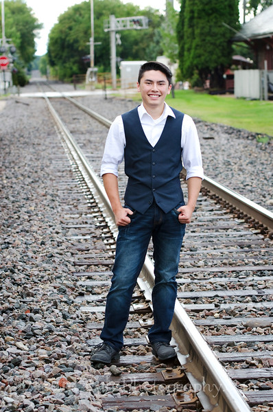 Senior-Photos-Braden_125