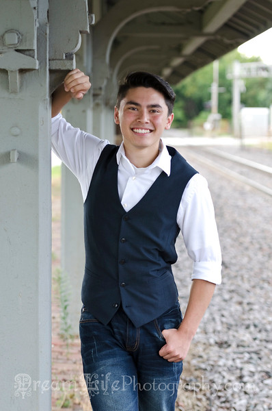 Senior-Photos-Braden_117