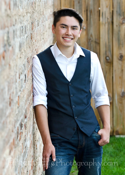 Senior-Photos-Braden_143