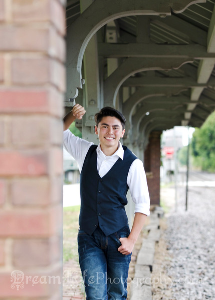Senior-Photos-Braden_123