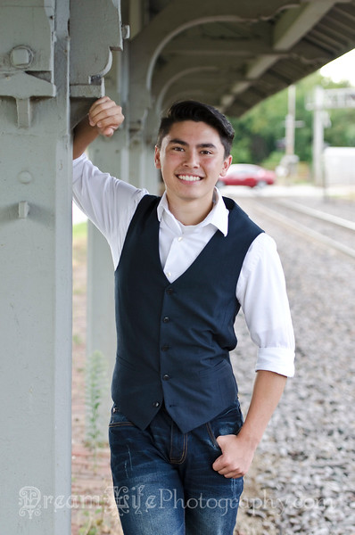 Senior-Photos-Braden_115