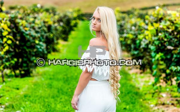FCHS-Trinity-Peach-HargisPhotography-Senior-2019-9682-print