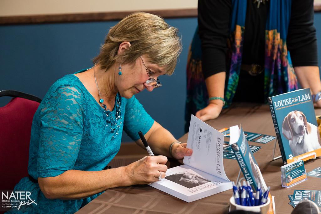 Sharon Cree - book signing - medium-038