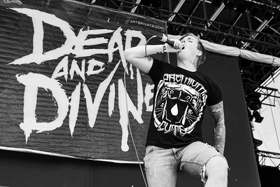Dead and Divine  2011-4