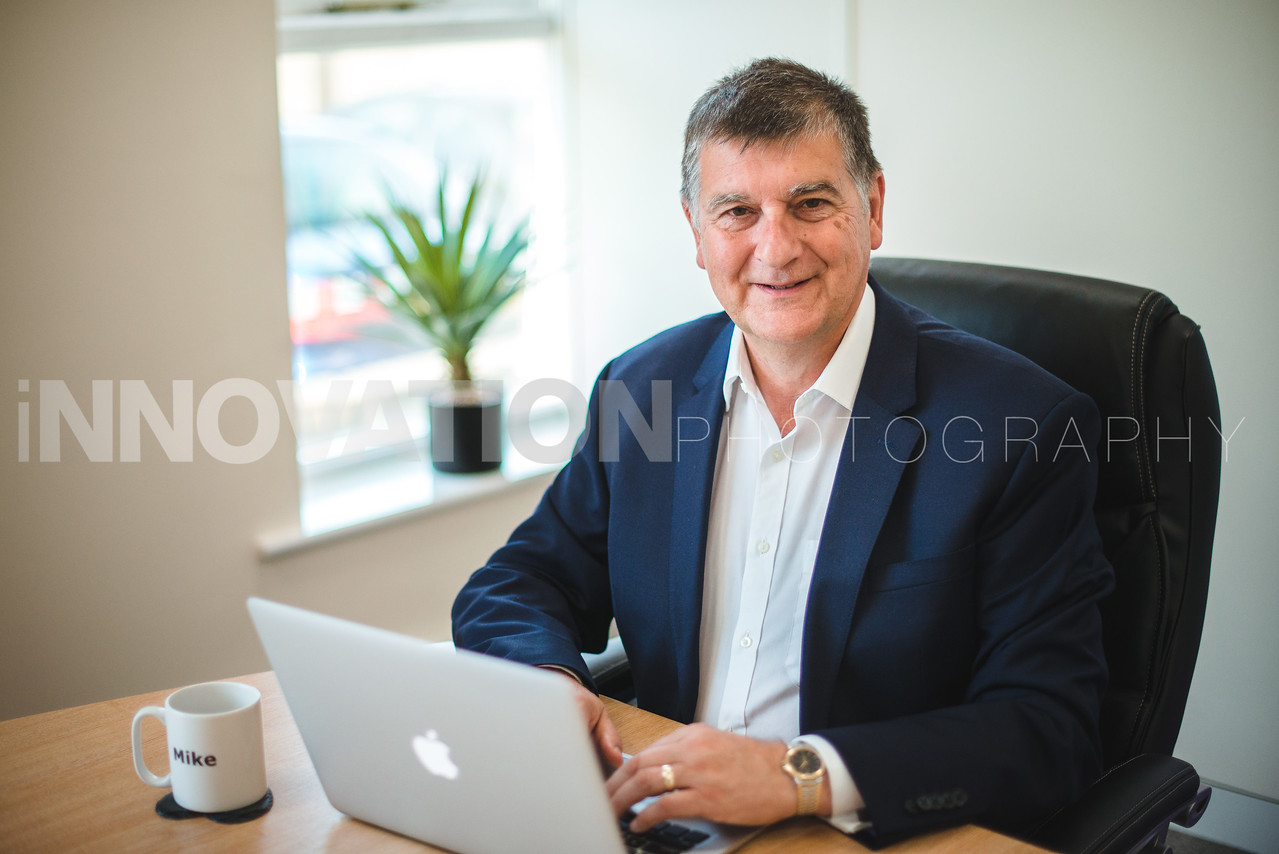 81-iNNOVATIONphotography-headshots-Swansea-Sino-Campus2071