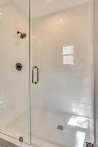 Serrano Master Bath-23
