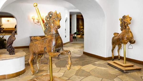 Sonnenalp-Details-Horses-UHD