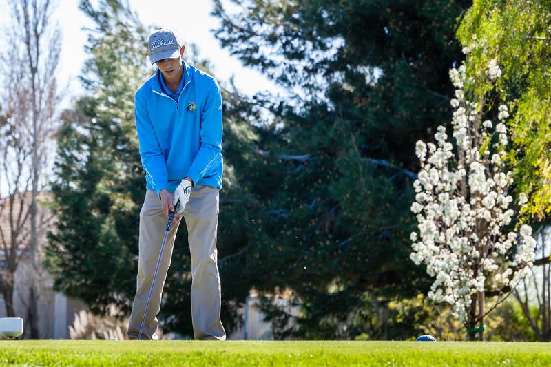 Golf-1105.jpg