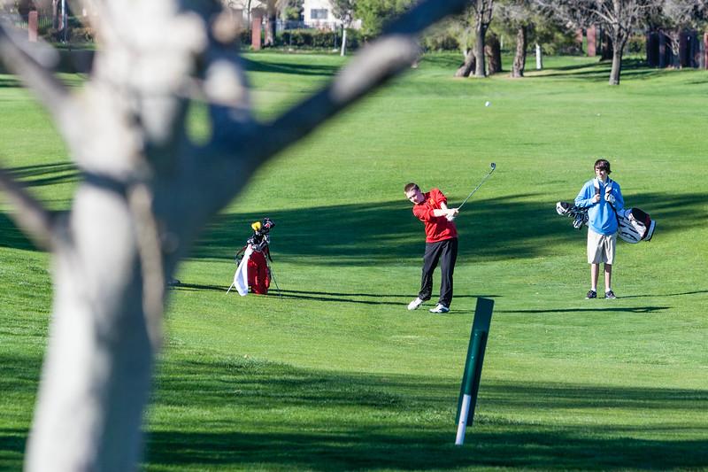 Golf-1212.jpg