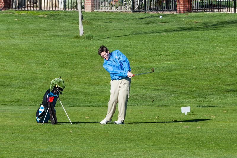Golf-1213.jpg