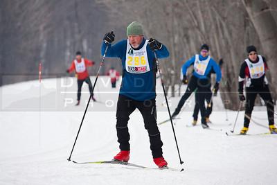20100220-038 Snowflake race
