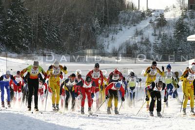 010205-13 Start of skate race