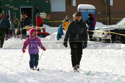 010205-34 Sarah H and Emma in kids race
