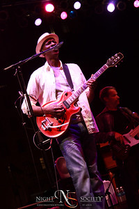 Jazz celebrity Keb Mo performs at this years Celebrate Saint Louis event at Soldiers Memorial. Photography by Maurice.