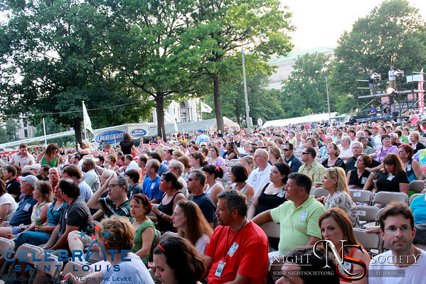 Clint Black Live at Celebrate St. Louis - Photos taken by Maurice