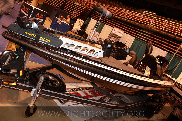 St_Louis_Boat_Show_at_Americas_Center_02-13-11_008