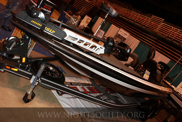 St_Louis_Boat_Show_at_Americas_Center_02-13-11_007