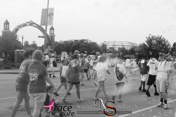 Susan G. Komen Race for the Cure downtown St. Louis - Photos taken by Maurice
