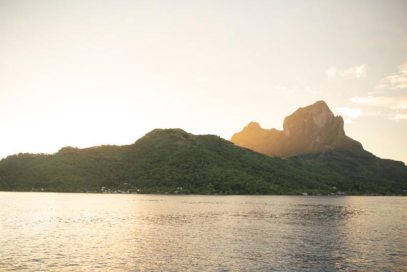 Tahiti 2019 Sneak Peek 2037
