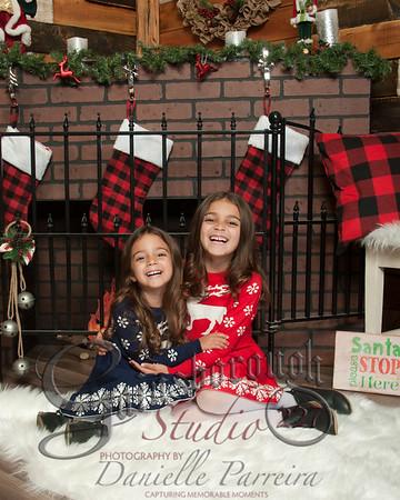 Teagan+Peyton ChristmasMini