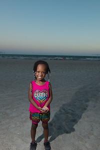 VickySteward_Beach17-30