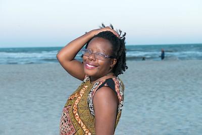 VickySteward_Beach17-37