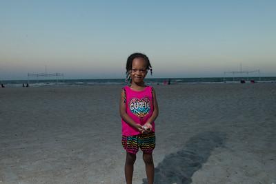 VickySteward_Beach17-29