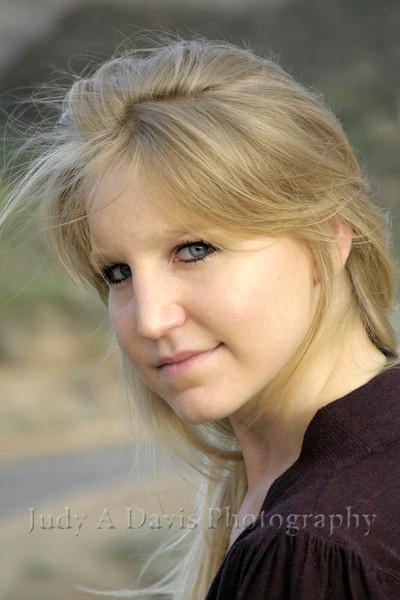 Senior portraits - Caroline at Gates Pass, Tucson, Arizona