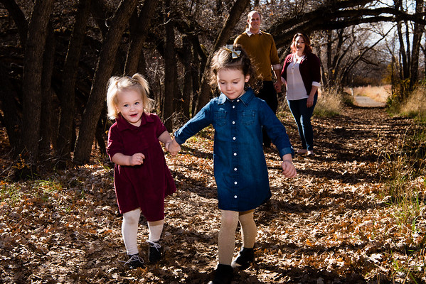 family-portraits-red-butte-garden-802786
