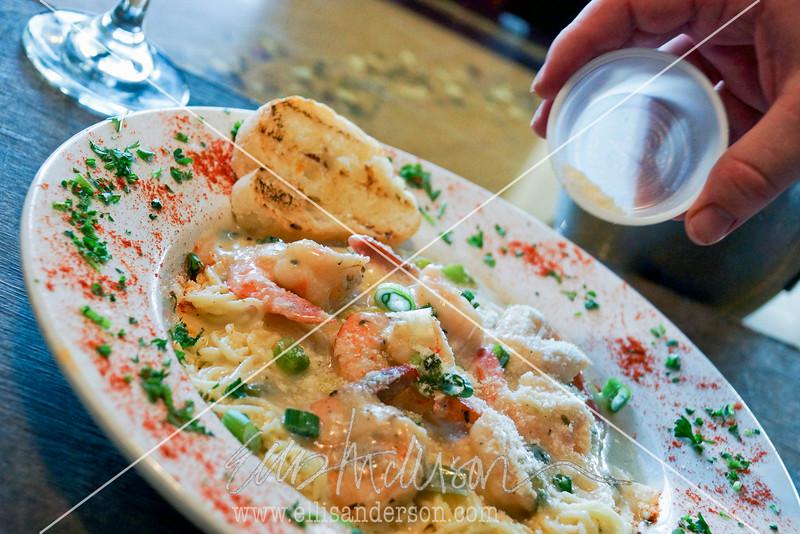 Trapani's Shrimp Scampi 3797