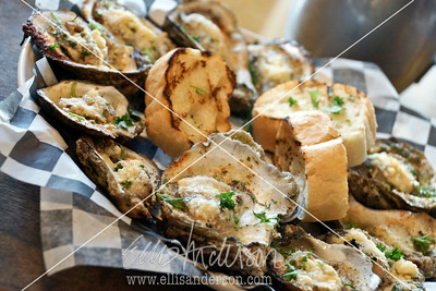 Trapanis Broiled Oysters 3772