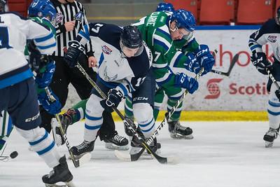 Jan 17 Canucks vs Canmore 00059