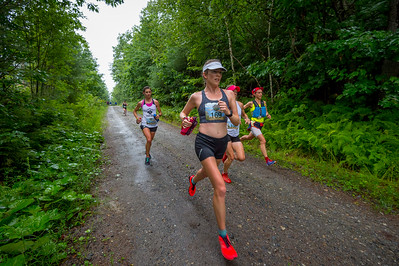 Early in the Ragged 50k, Elizabeth Ryan  stretches out in the tight group of lead women... Ryan, Kasie Enman, Leah Frost, Tara Richardson and Kassandra Marin.