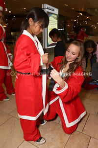 1212271-0006    The 3rd Annual Santa Walk fundraiser benefiting Variety the Children's Charity of Southern California at Westfield Topanga on Dec. 2, 2012 in Canoga Park, Calif.  (Photo by Ryan Miller/Capture Imaging)