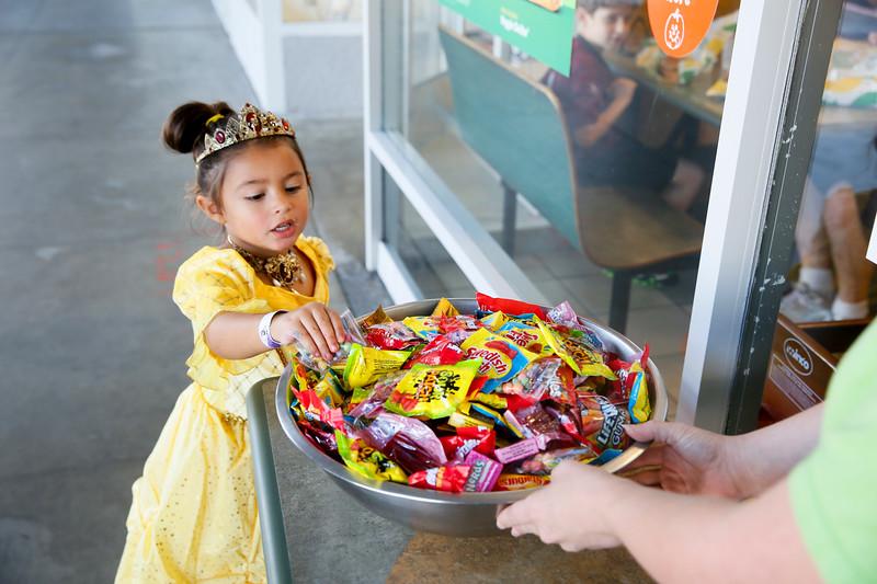 Peninsula Shopping Center – Halloween Spooktacular – Oct 28, 2017