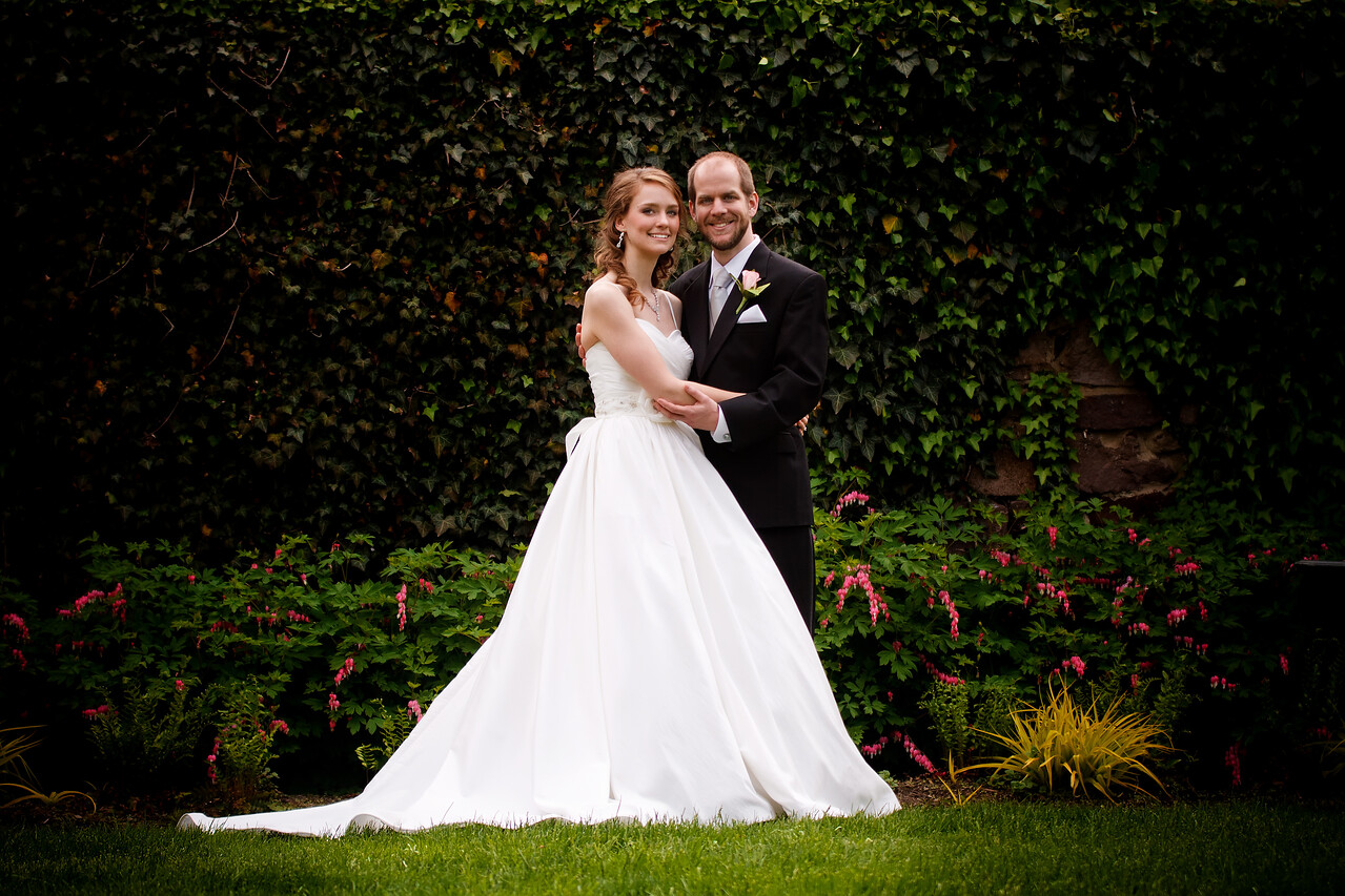 Ben & Laura Haddon Heights Wedding<br /> Posing in the garden