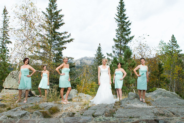 Leah and her Bridesmaids