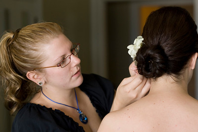 909213-0026    SAN DIEGO, CA - SEPTEMBER 09: Rebecca and Larry Hinson Wedding day on September 9, 2009 in San Diego, California. (Photo by Capture Imaging)