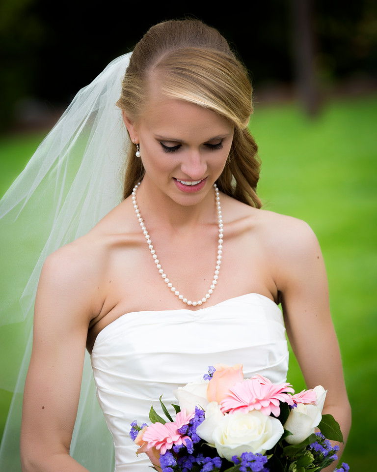 Danielle with her bouquet