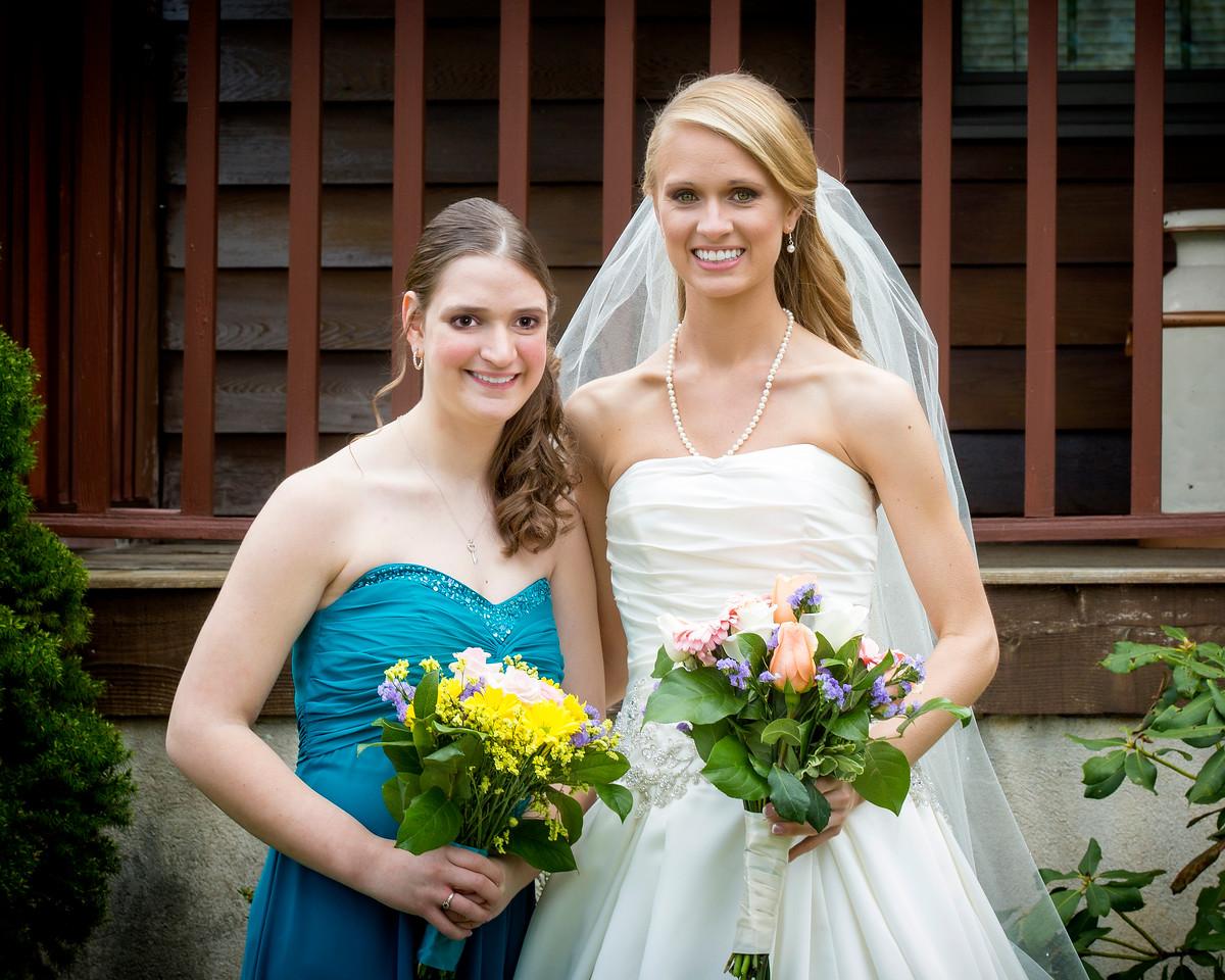 Danielle & her sister Hannah