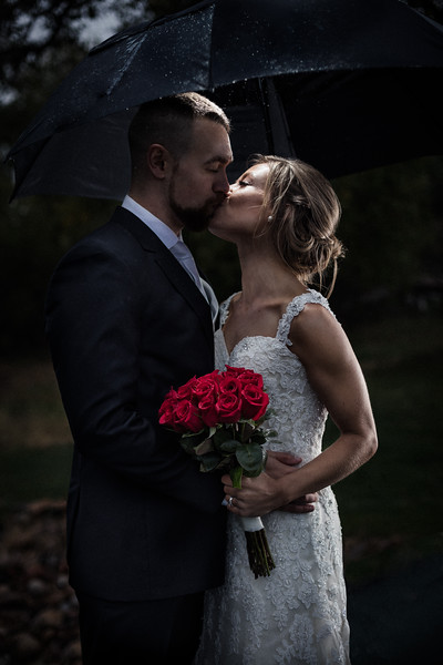 Jacquie_Kevin_Wedding-Umbrella-0073