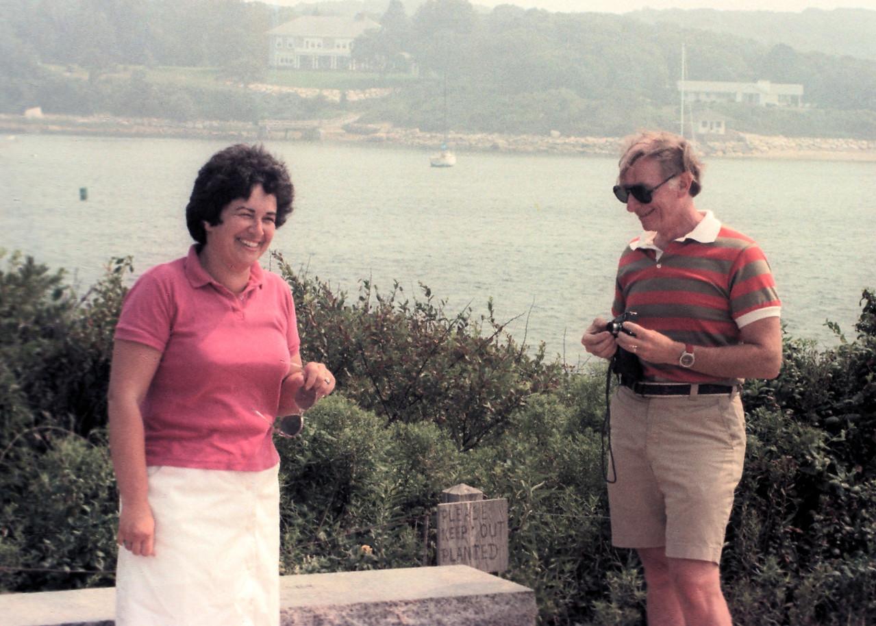 Joan & Lew1023